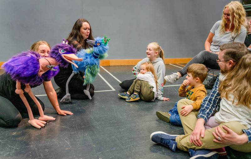 https://partykidzproductions.ie/wp-content/uploads/2020/06/Live-Puppet-Show-10.jpg