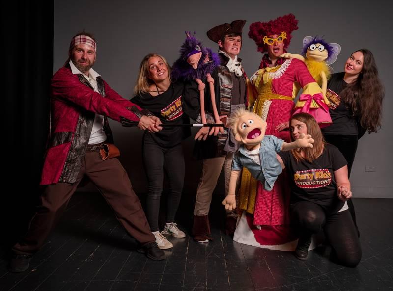 https://partykidzproductions.ie/wp-content/uploads/2020/06/Live-Puppet-Show-20.jpg