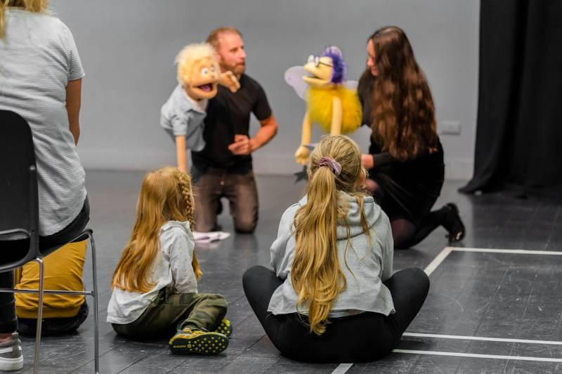 https://partykidzproductions.ie/wp-content/uploads/2020/06/Live-Puppet-Show-28.jpg