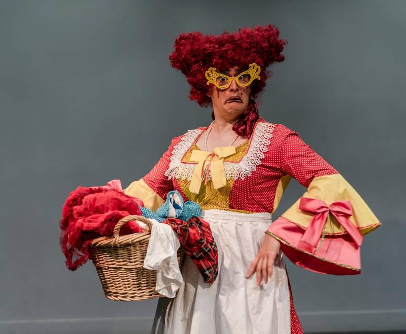 https://partykidzproductions.ie/wp-content/uploads/2020/06/Live-Puppet-Show-35.jpg