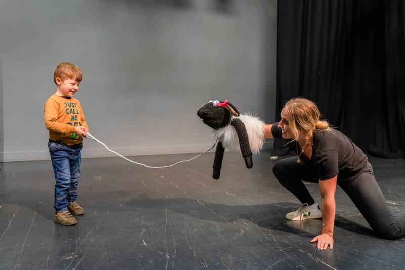 https://partykidzproductions.ie/wp-content/uploads/2020/06/Live-Puppet-Show-6.jpg